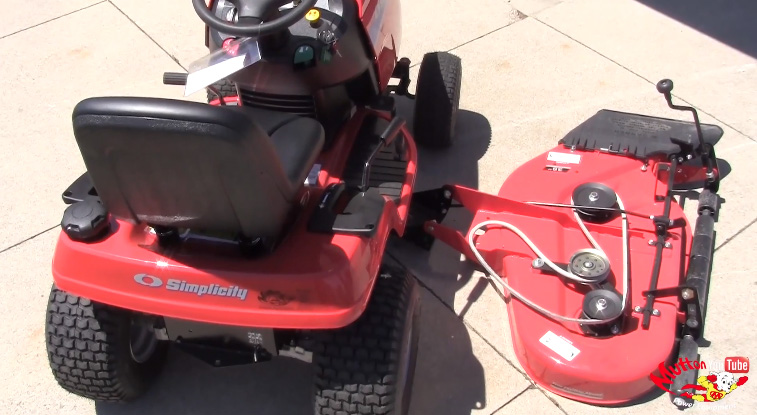 youtube how to change spindle on toro deck