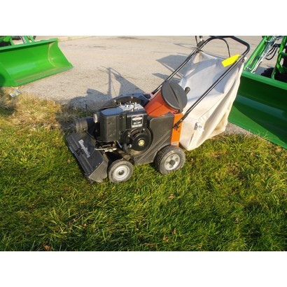 Used Simplicity Chipper/Vacuum at Mutton Power Equipment