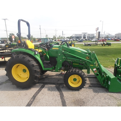 John Deere 4066R Compact Utility Tractor