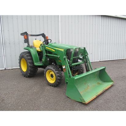 Used John Deere 3032E Compact Utility Tractor with Loader