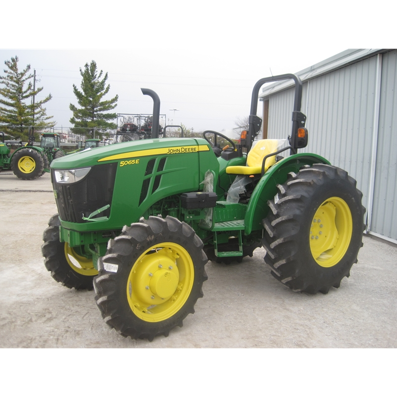 Small Utility Wagons For Tractors : John deere e utility tractor