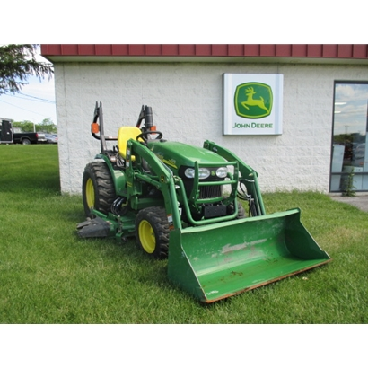Used John Deere 2520 Tractor with Loader and Mower Deck