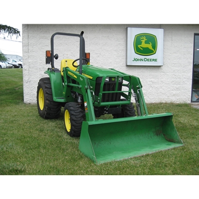 John Deere 3038E Compact Utility Tractor with Loader
